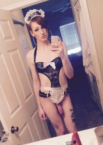 Hung Trap Selfie