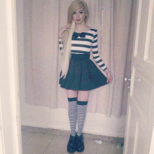 cute-sexy-sissy-crossdresser-02