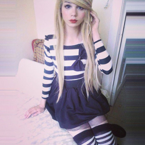 cute-sexy-sissy-crossdresser-03