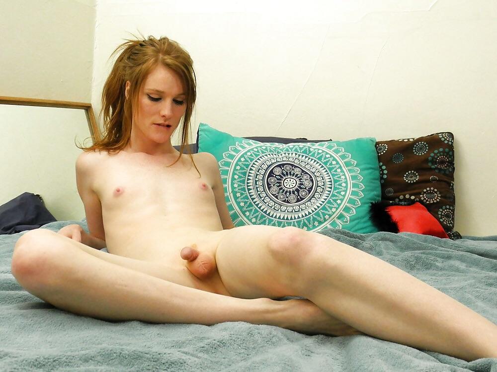Sexy redhead traps